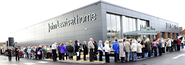 John Lewis have reported a 1.2% decrease in sales (including VAT) for the week to 20 July 2013