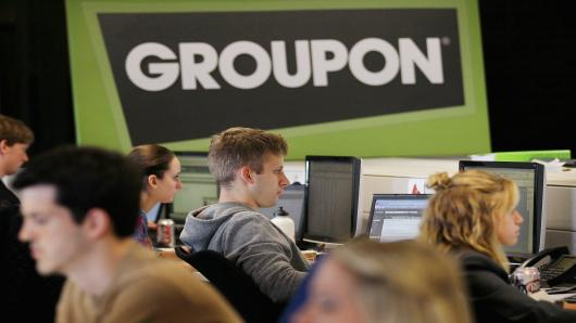 Groupon have extended their UK website to offer more products to their customers in an attempt to enter into the online retail marketplace