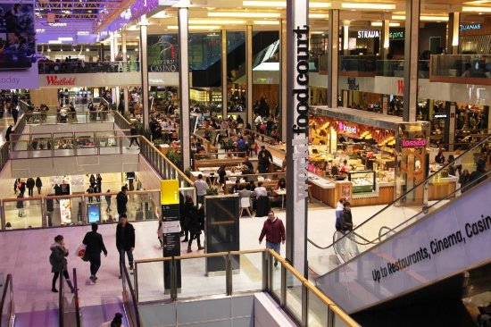 Westfield London in White City recorded an annual 2017 footfall of 27.5 million visitors and sales of £1.01bn.
