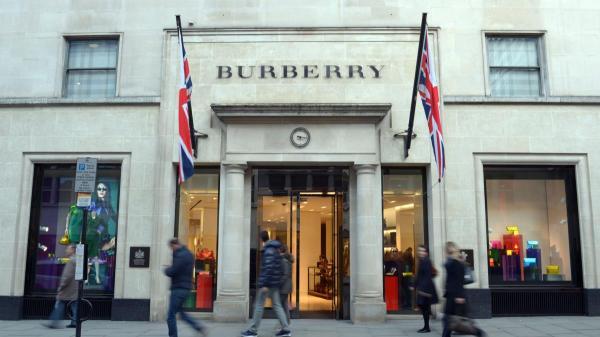 Burberry-15367700-1