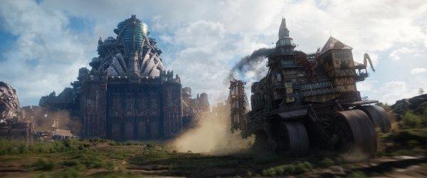 Mortal Engines, Bad, Review, Hugo Weaving, .jpg