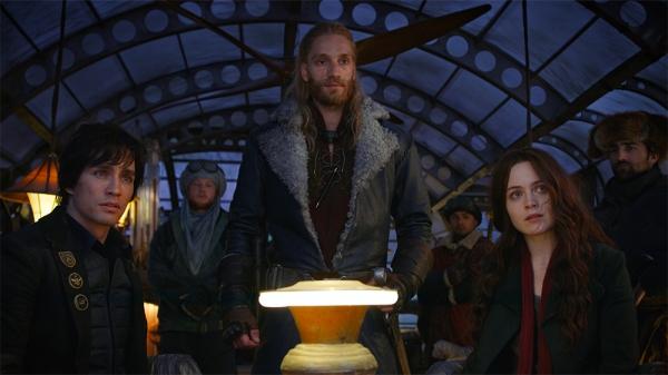 Mortal Engines, Bad, Review, Hugo Weaving, 3.jpg